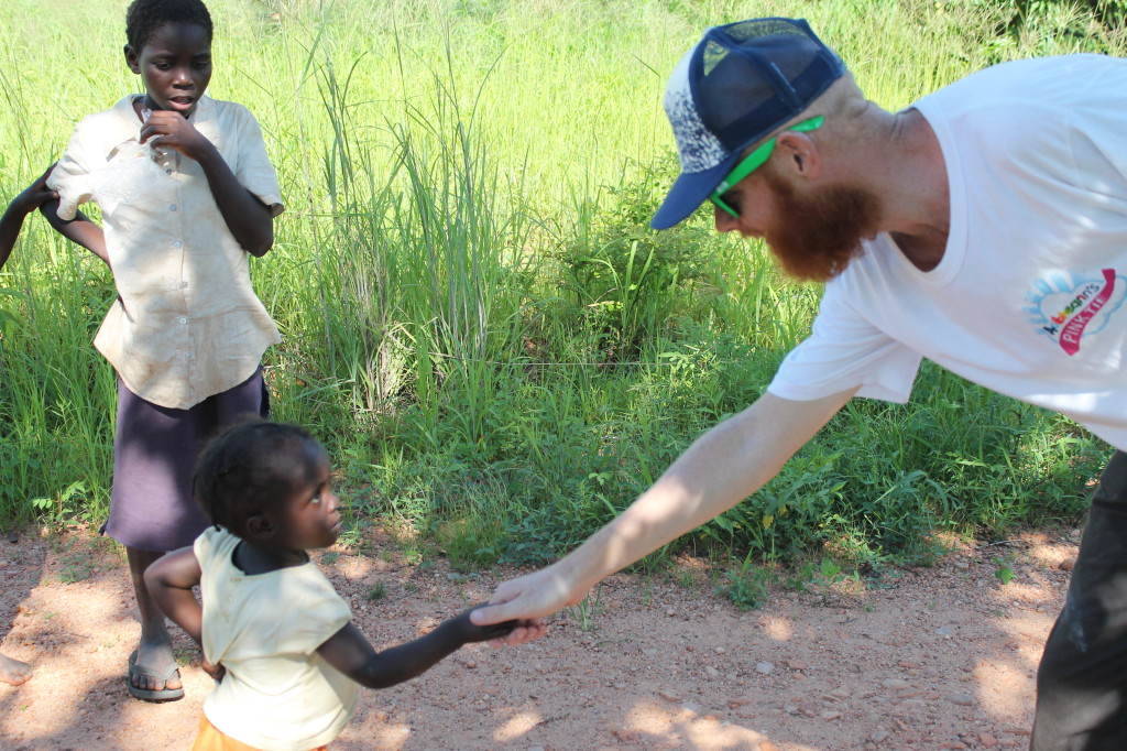 Aoibheanns Pink Tie meeting the small ones of Africa